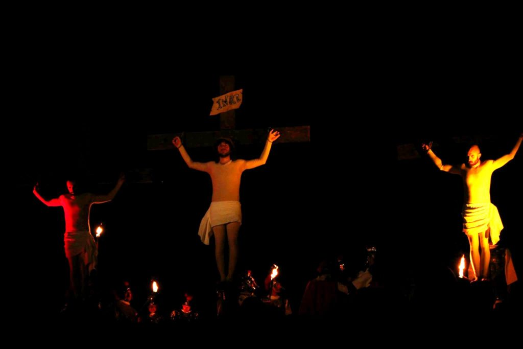 Via Crucis Rigutino, Rigutino.it, Crocifissione Gesù